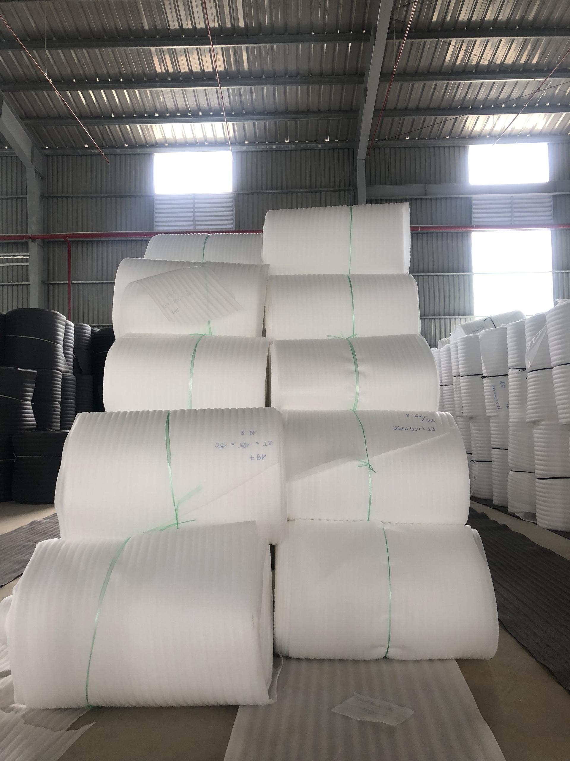 Màng Pe Foam 1mm x 1,05m x 300m