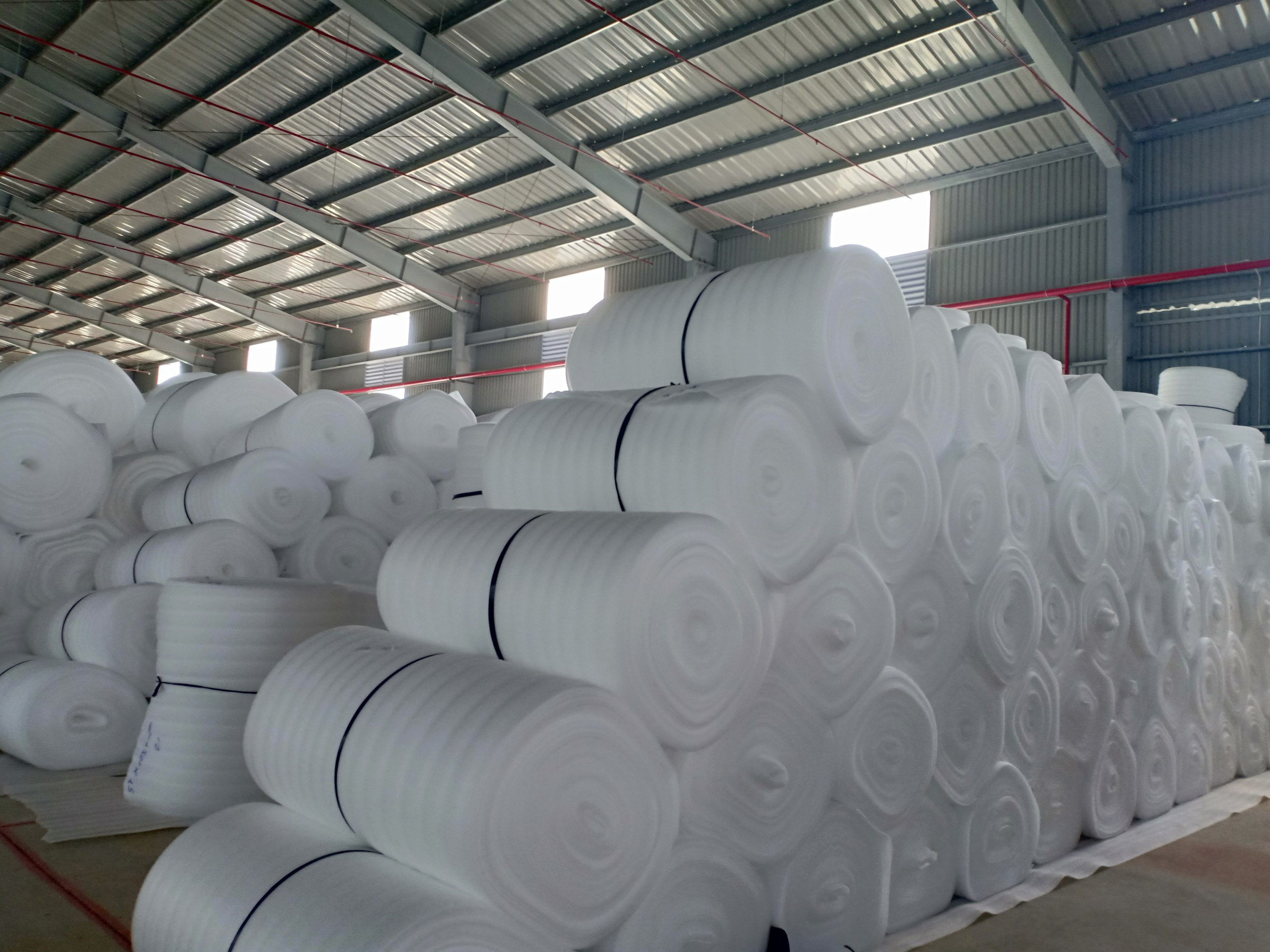 Màng Pe Foam 3mm x 1.05m x 100m